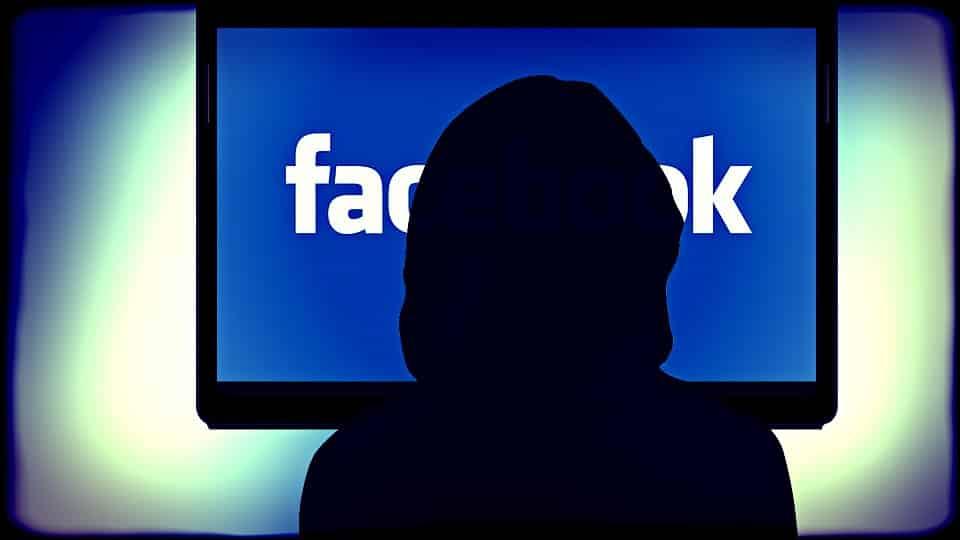De hete adem van Facebook