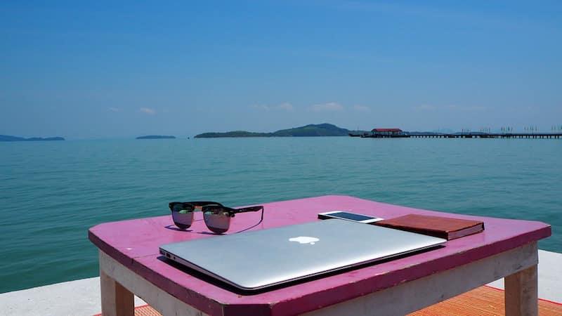 Het uitzicht van je locatie-onafhankelijke werkplek