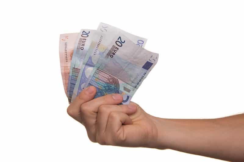 Geld uitlenen